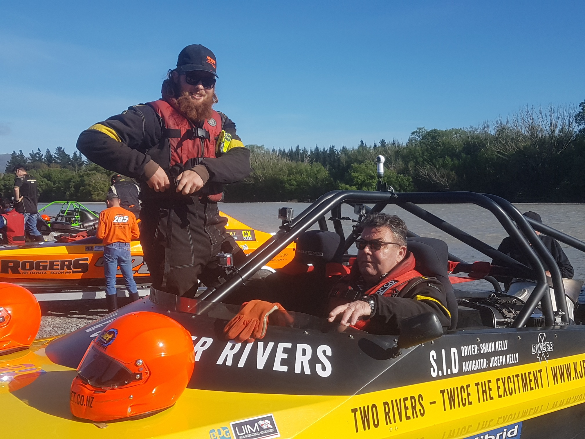 Jet boat River Racing team Shaun and Joe
