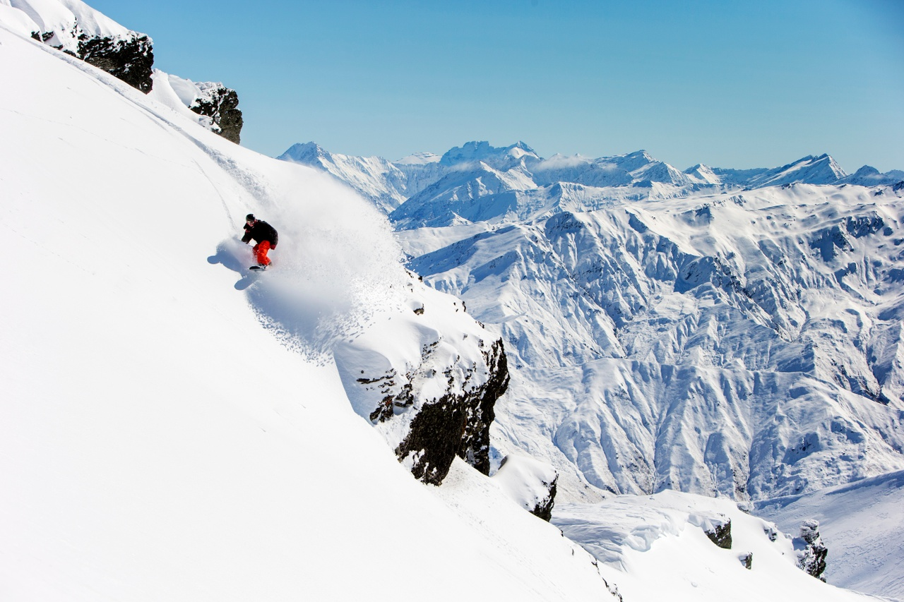 Snowboarding at Cardrona Queenstown